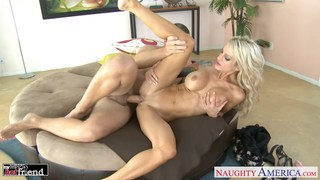 Tattooed blonde Sarah Jessie fucking Thumbnail