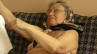OmaPass Old grannies is very very wet her pussy Thumbnail
