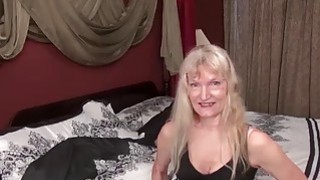 USAWives blonde granny Cindy Thumbnail