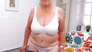 OmaFotzE Homemade Amateur Wife Chubby Striptease Thumbnail