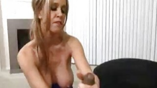 meine mom suck my dick